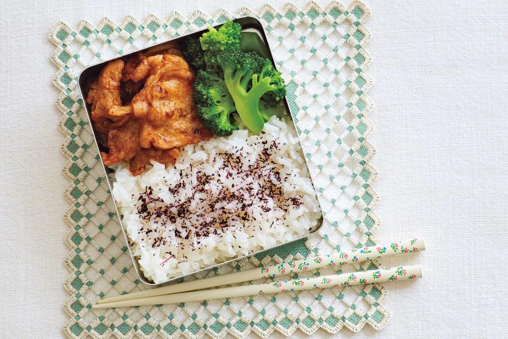 藤井恵さんに習うワンパターン弁当!肉がメインの「ポークケチャップ弁当」【最新号からちょっと見せ】