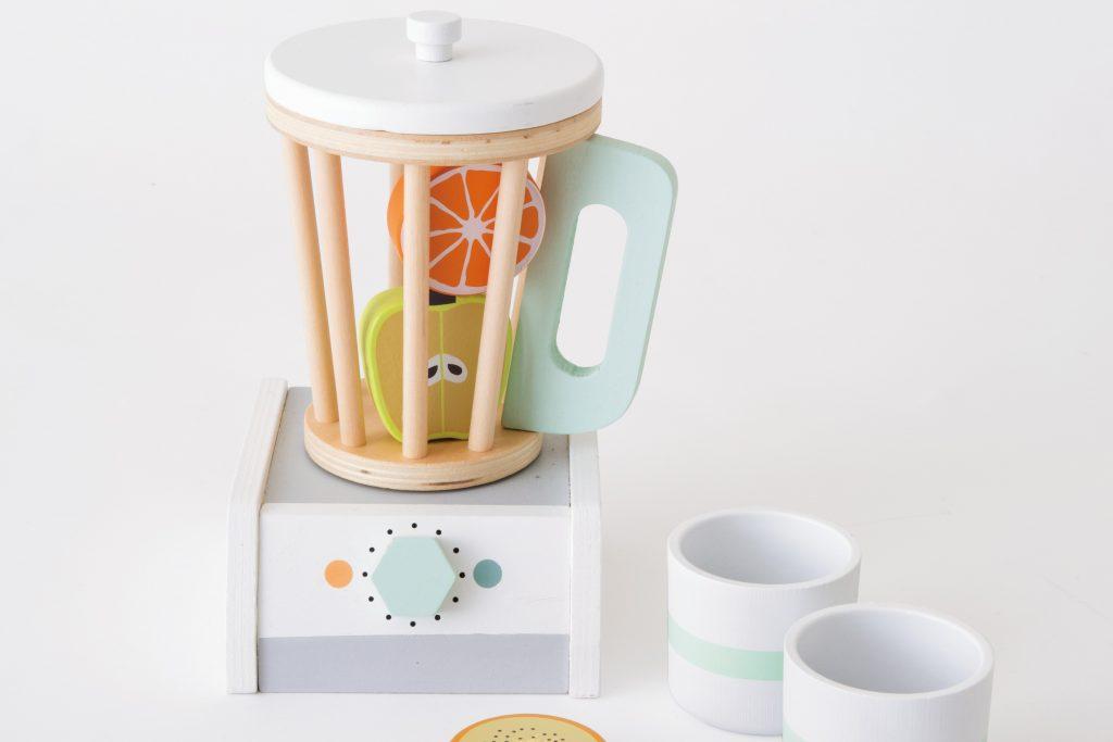 kanoanoのおしゃれなおままごとおもちゃでジュース屋さんごっこ♪【「かうめも」2021年6月号】